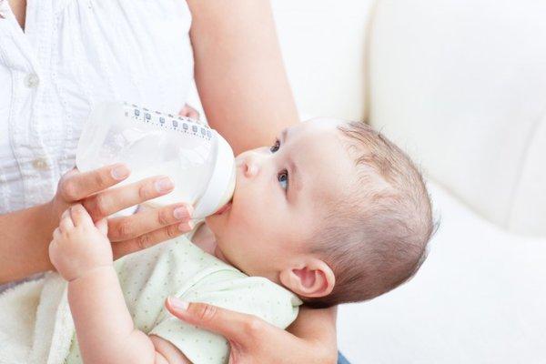 Dinh dưỡng cho trẻ sinh non