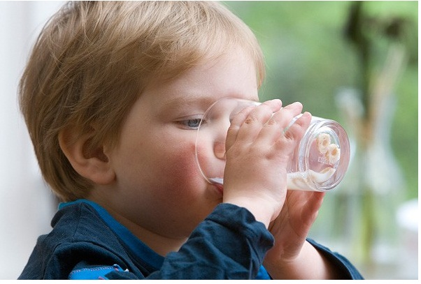 Sữa Kid Essentials úc 800g