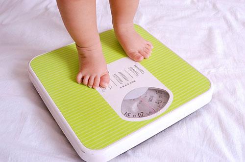 Sữa Abbott Grow góp phần hỗ trợ tăng cân năng cho trẻ trên 1 tuổi